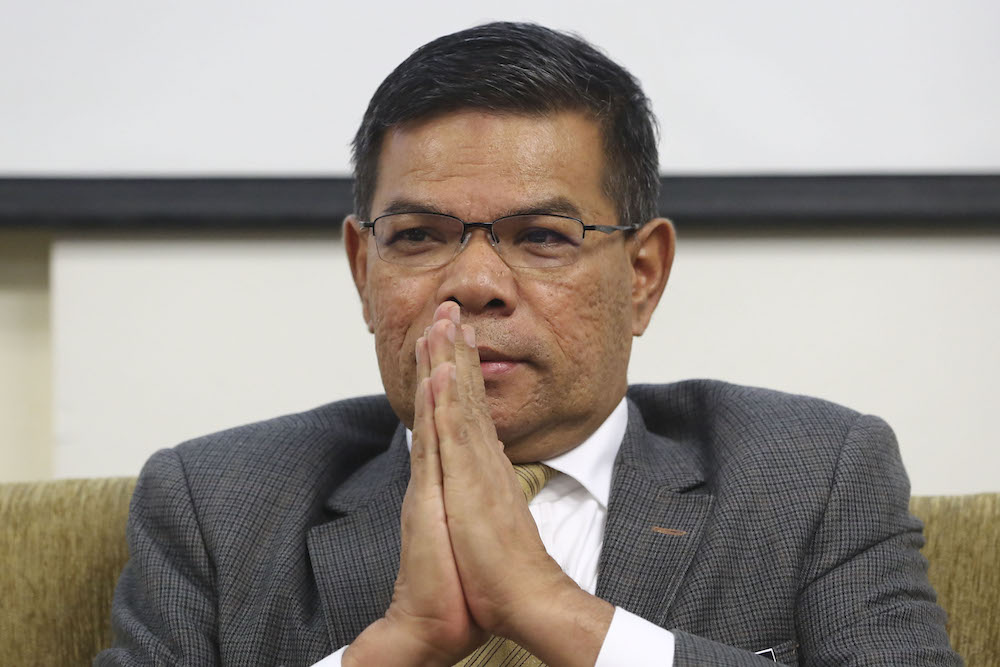 Datuk Seri Saifuddin Nasution Ismail speaks during a press conference in Parliament April 4, 2019. — Picture by Yusof Mat Isa