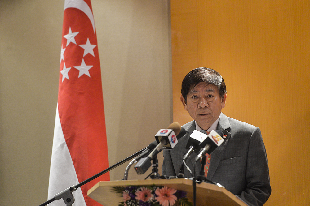Singapore's Transport Minister Khaw Boon Wan (pic) said in a post on his Facebook page today that the republic is giving Malaysia's request to extend the suspension period serious consideration. — Picture by Miera Zulyana