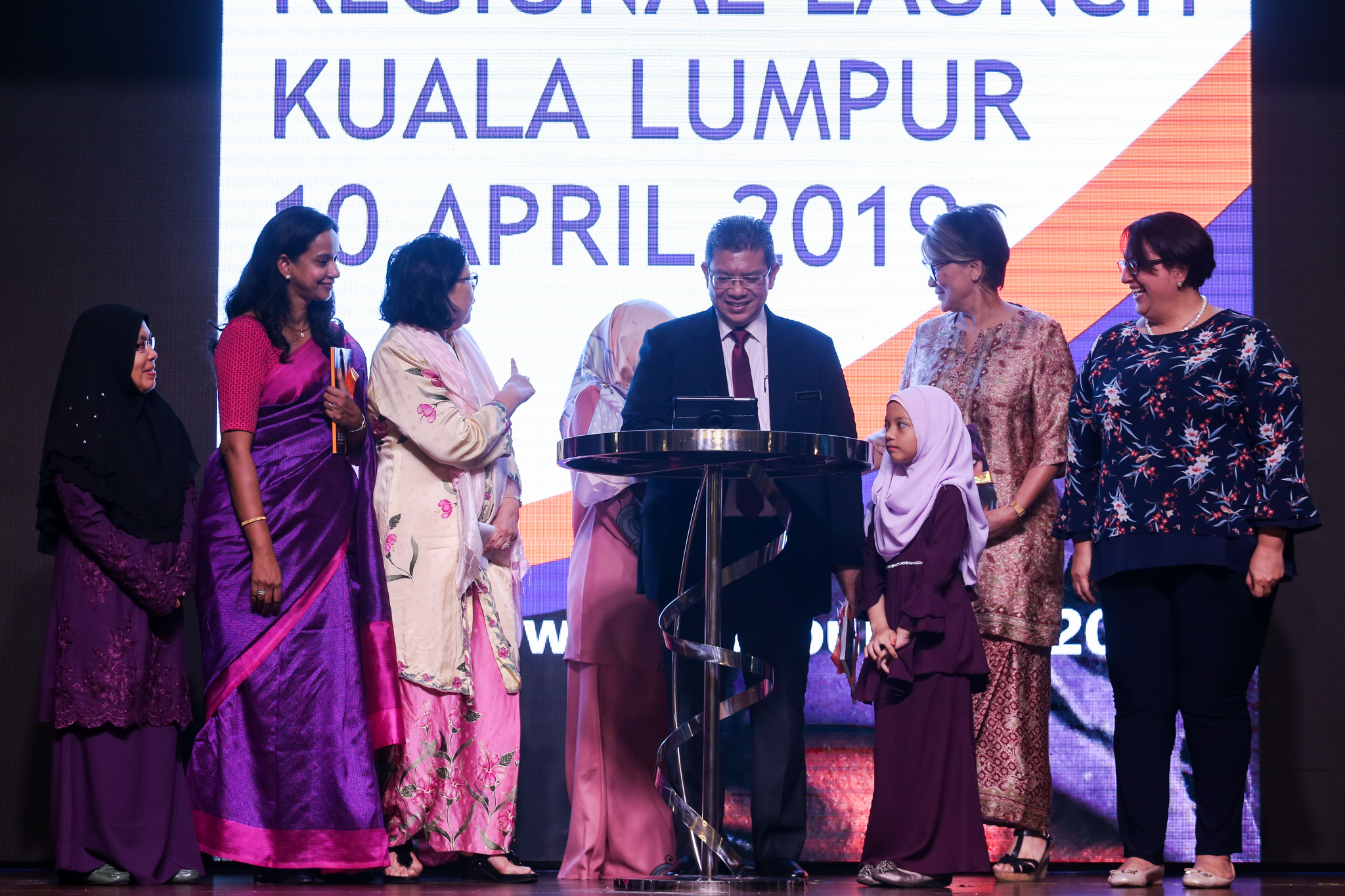 Foreign Minister Datuk Saifuddin Abdullah (centre) is pictured during the launch of the State of the World Population Report 2019 in Kuala Lumpur April 10, 2019. — Picture by Ahmad Zamzahuri