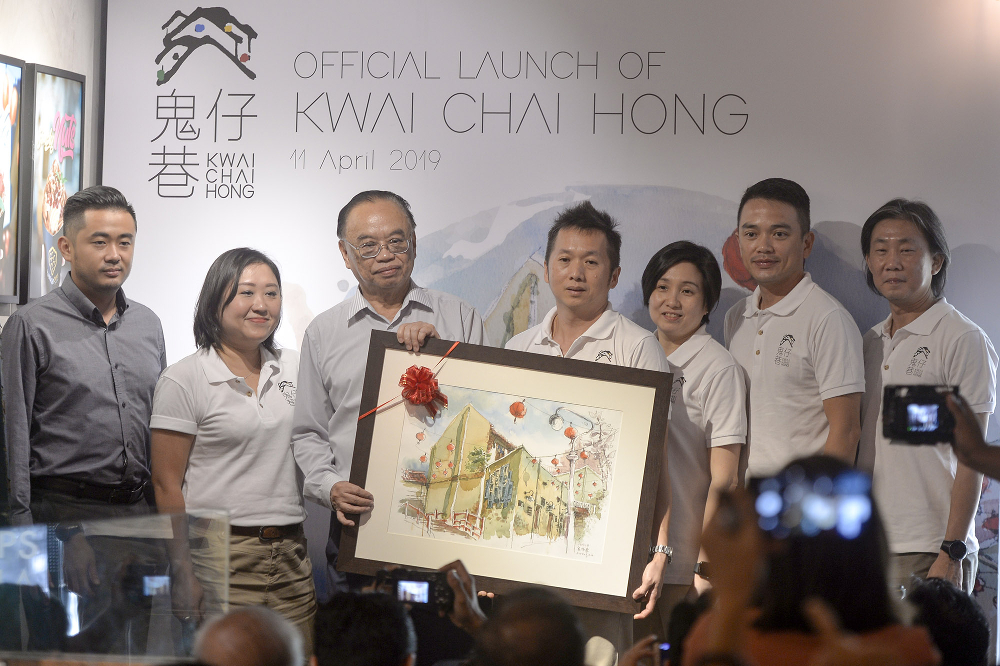 (From left) Think City senior programme manager Daniel Lim, Zeen Chang, Bukit Bintang MP Fong Kui Lun and Coco Lew (third right) are seen with the founders of Bai Chuan Management.