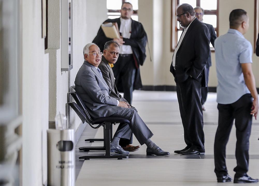 Datuk Seri Najib Razak is pictured at the Kuala Lumpur Court Complex April 22, 2019. — Picture by Firdaus Latif