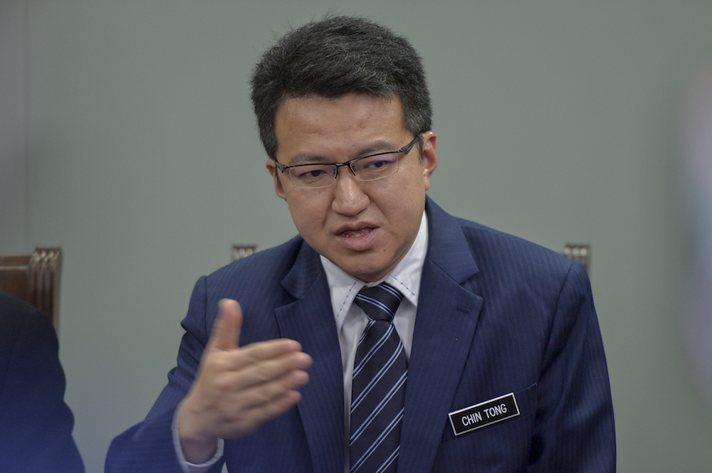 DAP strategist Liew Chin Tong said that one thing the party has learnt since General Election 2018 is that Malaysian voters regardless of their ethnicity, have no appetite for racial politics.  — Picture by Mukhriz Hazim