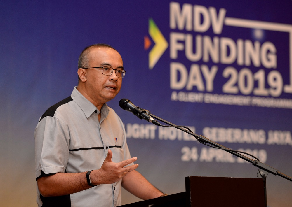 MDV chief executive officer Nizam Mohamed Nadzri delivers his speech at a MDV client engagement programme in Seberang Jaya April 24, 2019.