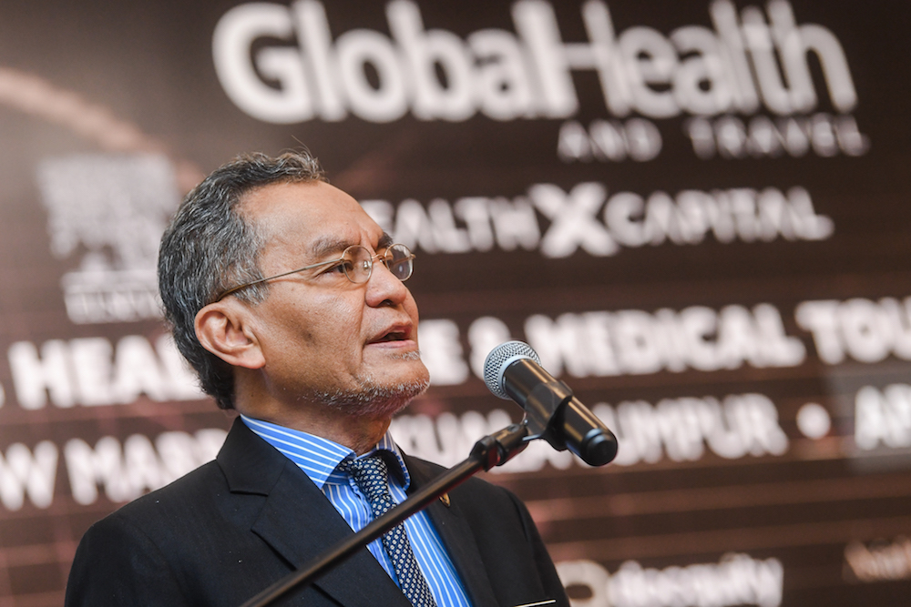 Datuk Seri Dzulkefly Ahmad delivers his keynote address at the Asia-Pacific Healthcare and Medical Tourism Summit 2019 in Kuala Lumpur April 25, 2019. — Picture by Hari Anggara