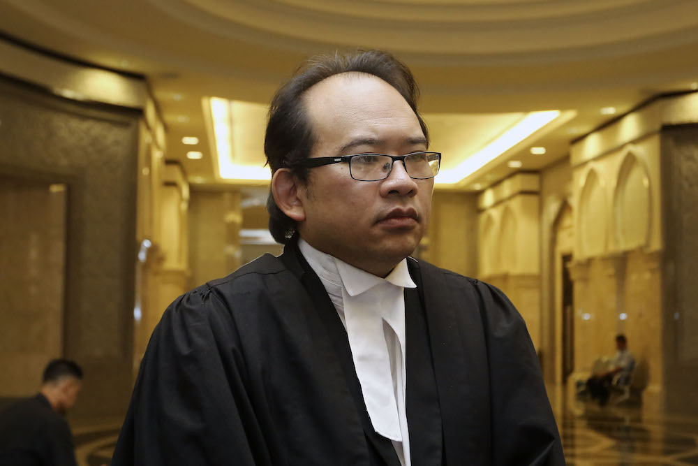 Lawyer Robin Lim is pictured at the Federal Court in Putrajaya April 25, 2019. — Picture by Yusof Mat Isa