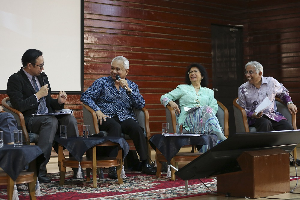 Attorney General Tommy Thomas (second left) speaks at the 'Malaysia and Rome Statute' forum at Universiti Malaya in Kuala Lumpur April 27, 2019. — Picture by Yusof Mat Isa