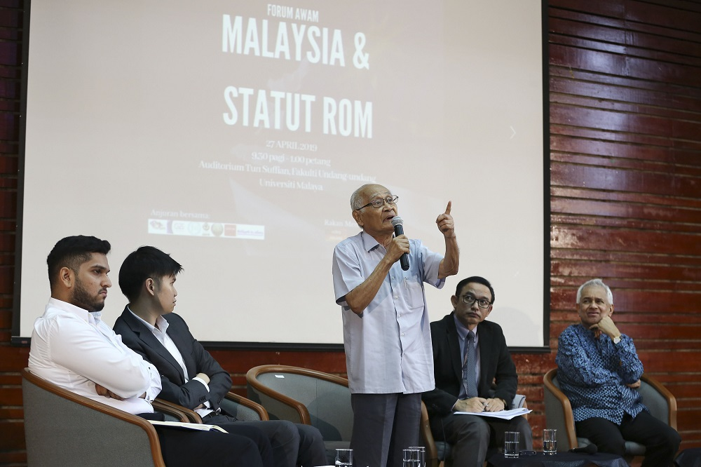 Sociologist and politician Syed Husin Ali (centre) speaks at the 'Malaysia and Rome Statute' forum at Universiti Malaya in Kuala Lumpur April 27, 2019. — Picture by Yusof Mat Isa