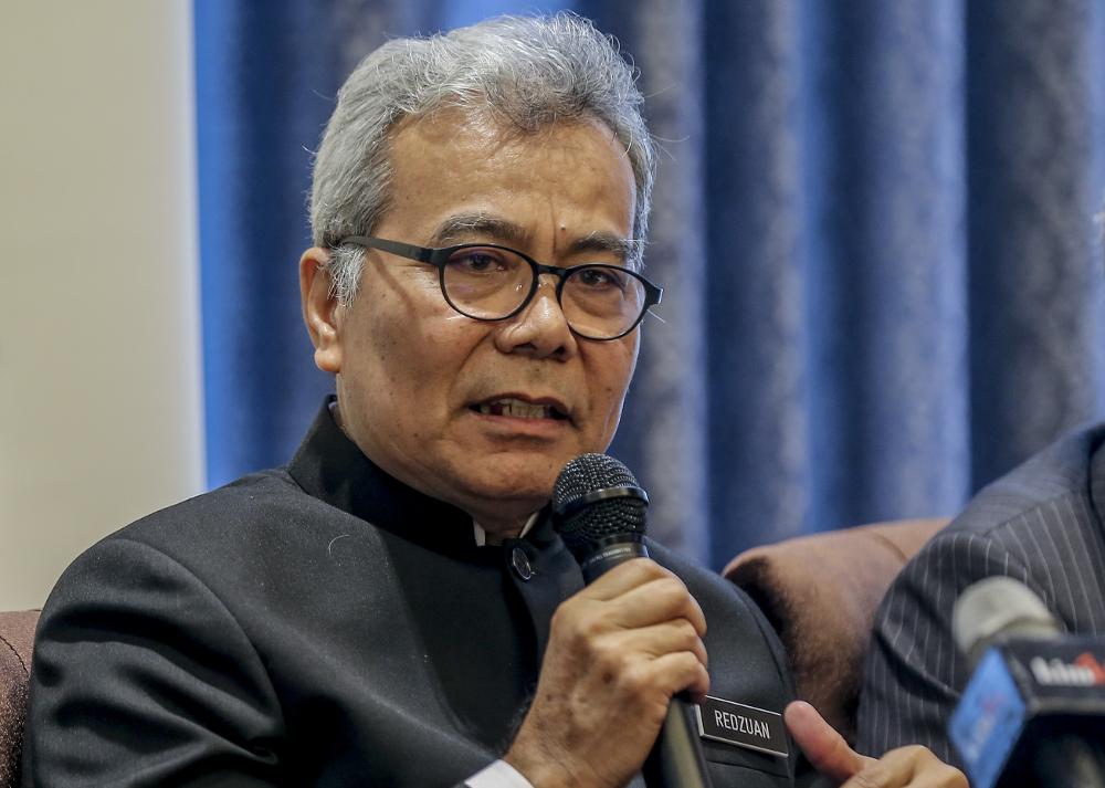 Entrepreneur Development Minister Datuk Seri Mohd Redzuan Yusof speaks during an interview in Kuala Lumpur April 30, 2019. — Picture by Firdaus Latif