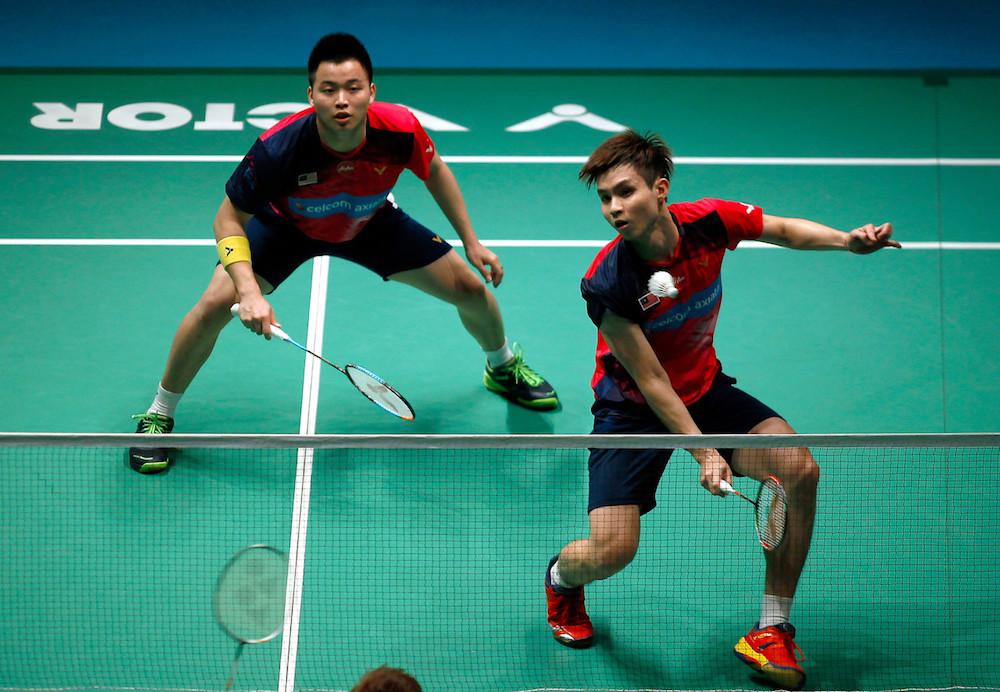 Aaron Chia and Soh Wooi Yik in action against Japan's Takuro Hoki and Yugo Kobayashi in the second round of the 2019 Malaysian Open at Axiata Arena in Bukit Jalil, Kuala Lumpur April 4, 2019. — Bernama pic