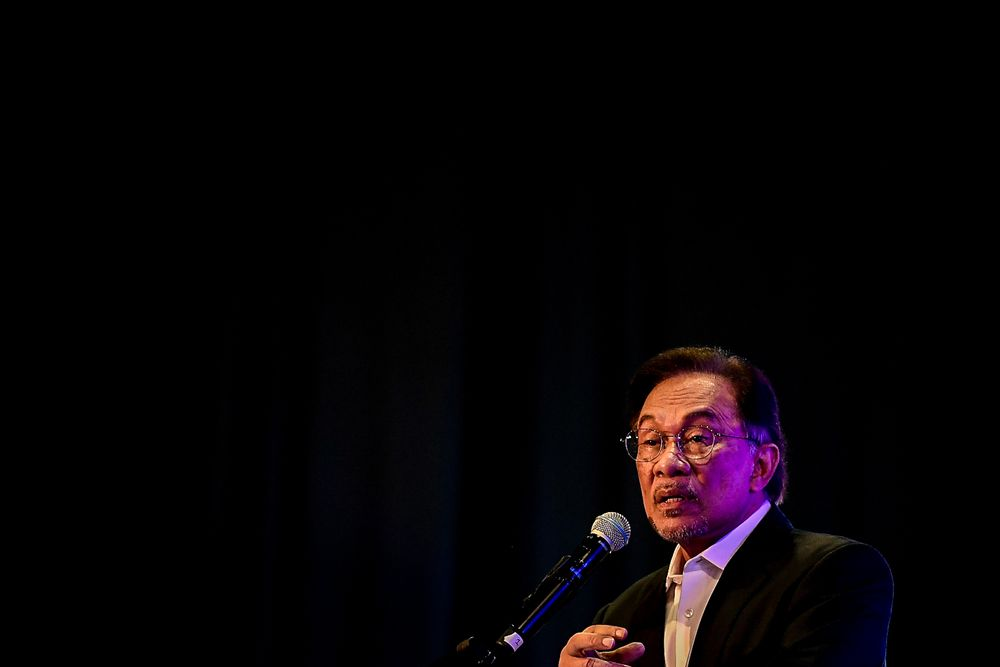 Anwar has always denied the allegations, pointing out that he had been campaigning for the Port Dickson by-election at the time of the alleged incident. — Picture by Hari Anggara
