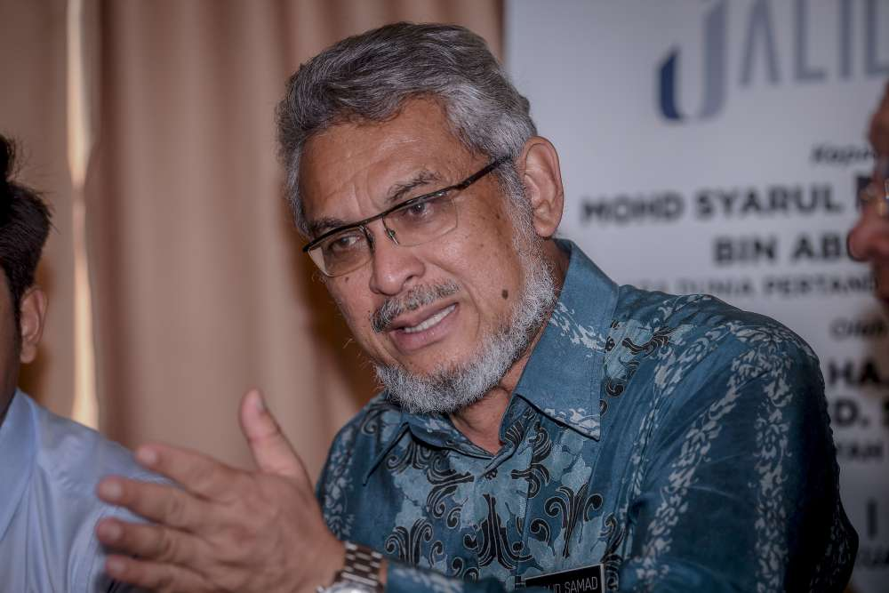 Federal Territories Minister Khalid Abdul Samad declined to elaborate what steps DBKL would take against the 46 who refuse to hand over the halls, except to say he hoped it will not have to involve stern measures. ― Picture by Firdaus Latif