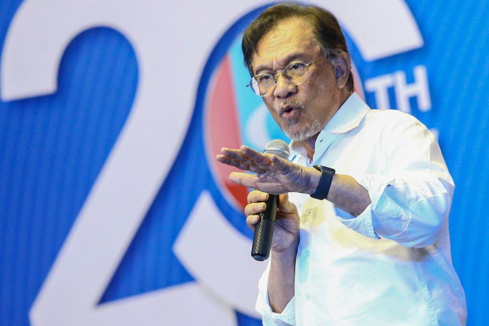 Datuk Seri Anwar Ibrahim delivers a speech during PKR's 20th anniversary celebration at Dataran Rantau, Negri Sembilan April 4, 2019. — Picture by Hari Anggara