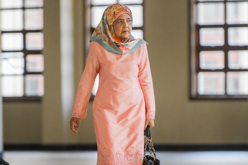 Datuk Nor Azian Mohd Noh arrives at the Kuala Lumpur Court Complex May 29, 2019. — Picture by Hari Anggara