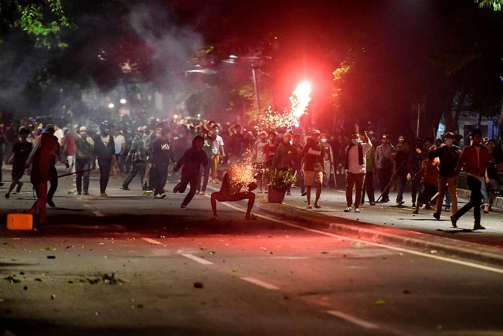 Protesters clash with police in Thamrin, Jakarta, Indonesia, early May 22, 2019. — Antara Foto/Muhammad Adimaja via Reuters