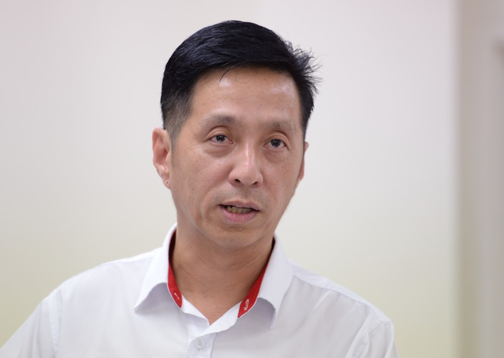 Penang Gerakan chairman Oh Tong Keong says Chief Minister Chow Kon Yeow must stand his ground to stop the Kulim Airport instead of waiting for meetings with Kedah and the Transport Ministry. ― Picture by KE Ooi