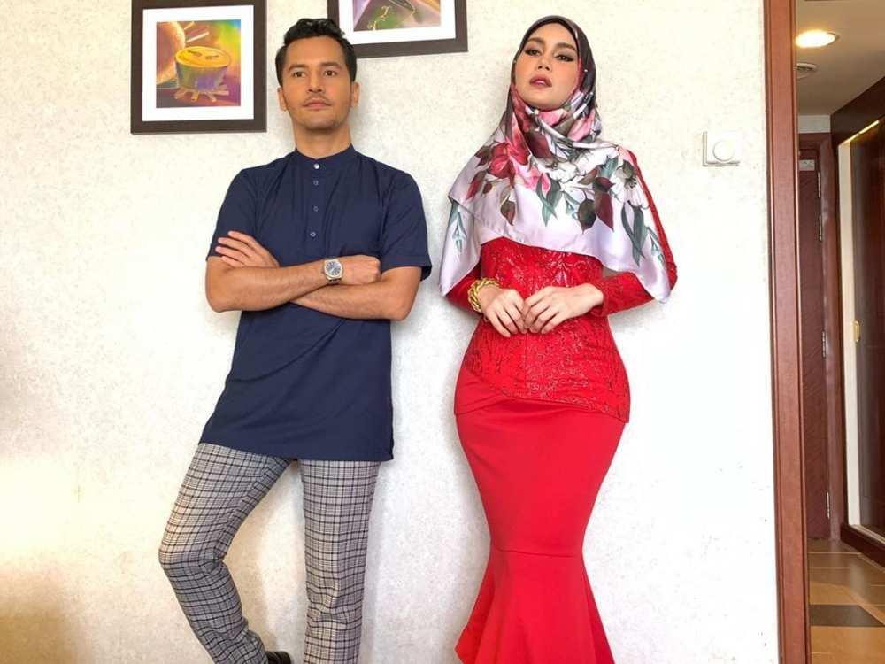 Cosmetics entrepreneurs Nur Sajat Kamaruzzaman (right) and Datuk Seri Aliff Syukri Kamarzaman pictured together in Kota Baru, Kelantan. ― Picture via Instagram/Nur Sajat