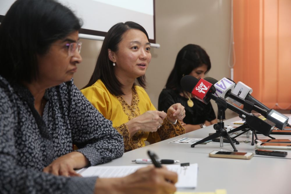 Hannah Yeoh speaks during a press conference in Petaling Jaya May 15, 2019. — Picture by Choo Choy May