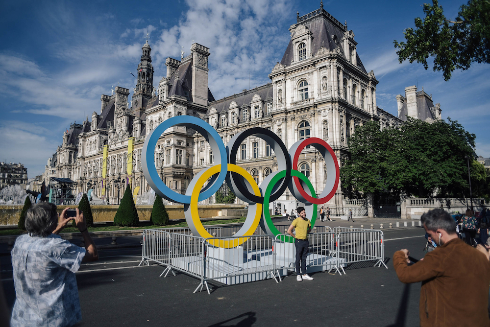 Paris aims to offer visitors of the 2024 Paris Olympics airborne taxis to tournament sites straight from the airport. — AFP pic