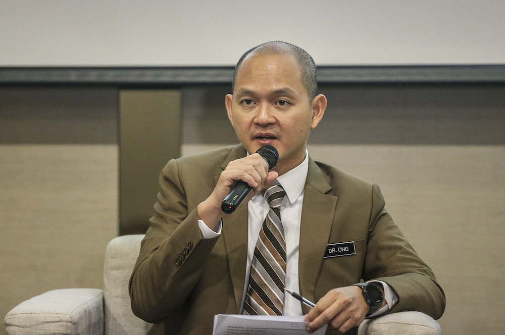 Ong Kian Ming said any political uncertainty is not good for the economy, and Malaysia needs direction as to where the government is heading in the future. — Picture by Firdaus Latif