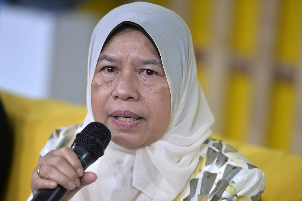 Housing and Local Government Minister Zuraida Kamaruddin said the claims made by the Opposition that the PH government is now in a dying phase is baseless. — Picture by Mukhriz Hazim