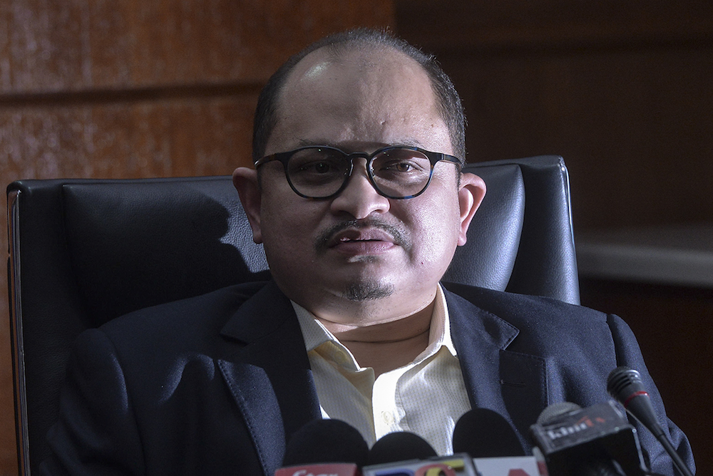 Datuk Seri Shamsul Iskandar Mohd Akin speaks to the media at the Primary Industries and Commodities Ministry in Putrajaya June 13, 2019. — Picture by Shafwan Zaidon
