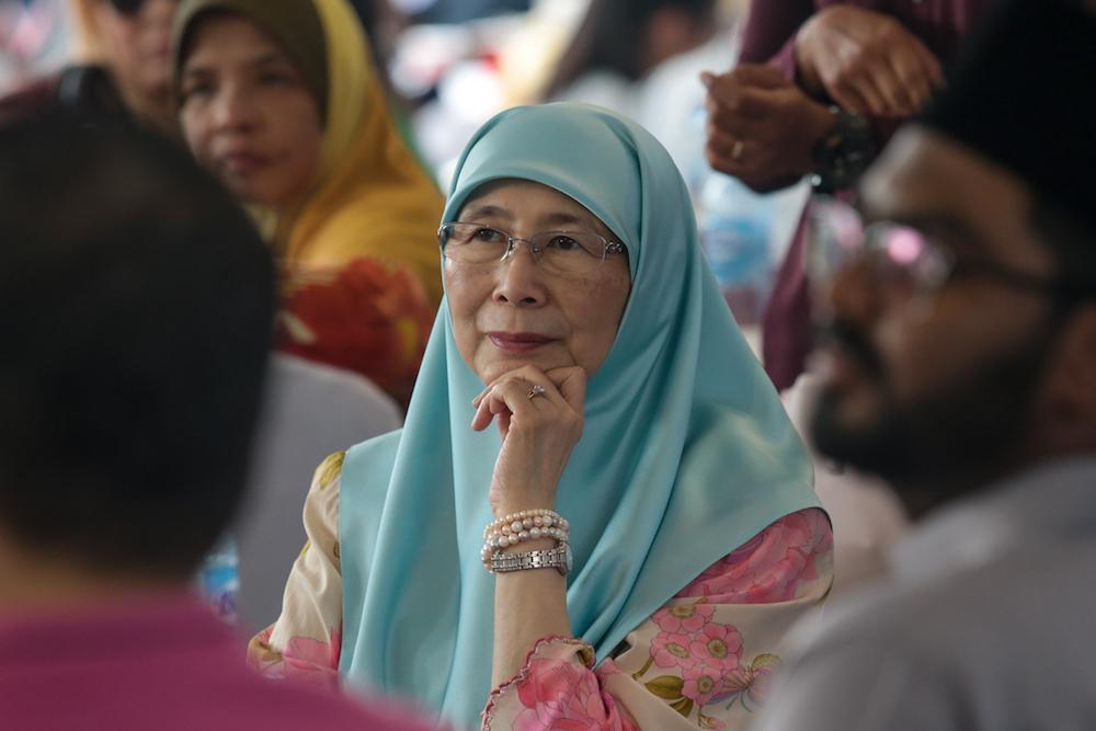 Deputy Prime Minister Datuk Seri Dr Wan Azizah Wan Ibrahim attends an Aidilfirtri open house for the Wangsa Maju parliamentary constituency in Kampung Puah, Kuala Lumpur June 13, 2019. — Picture by Ahmad Zamzahuri