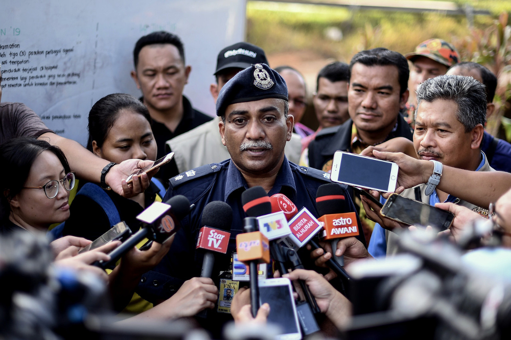 Gua Musang district police chief Supt Mohd Taufik Maidin said the remains are believed to be those of Din Hamdan, 18, Fayah Papan, 19, and her sister, Safia, 18. — Bernama pic