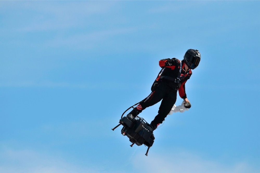 Franky Zapata successfully crossed the English Channel on his Flyboard Air hoverboard. — AFP pic