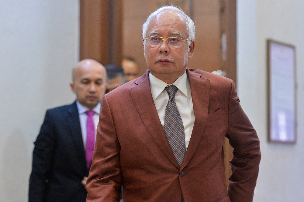 Najib claimed Lim made the suggestion to Dr Mahathir ahead of GE14 as instigation to pit the Malays against each other. — Picture by Mukhriz Hazim