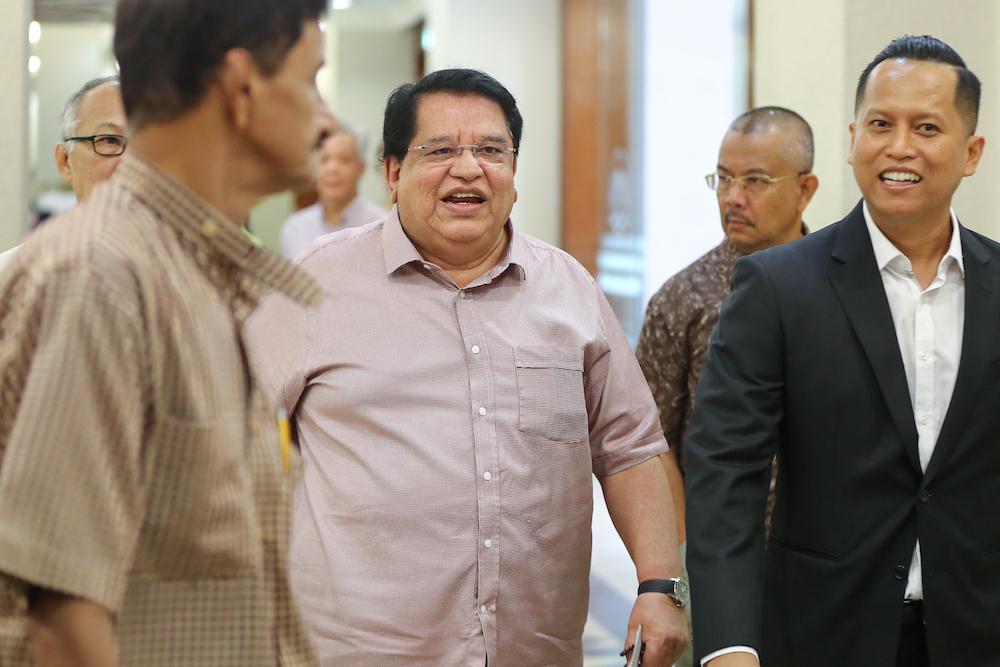 Tengku Adnan Mansor arrives at the Kuala Lumpur Court Complex July 3, 2019. — Picture by Yusof Mat Isa