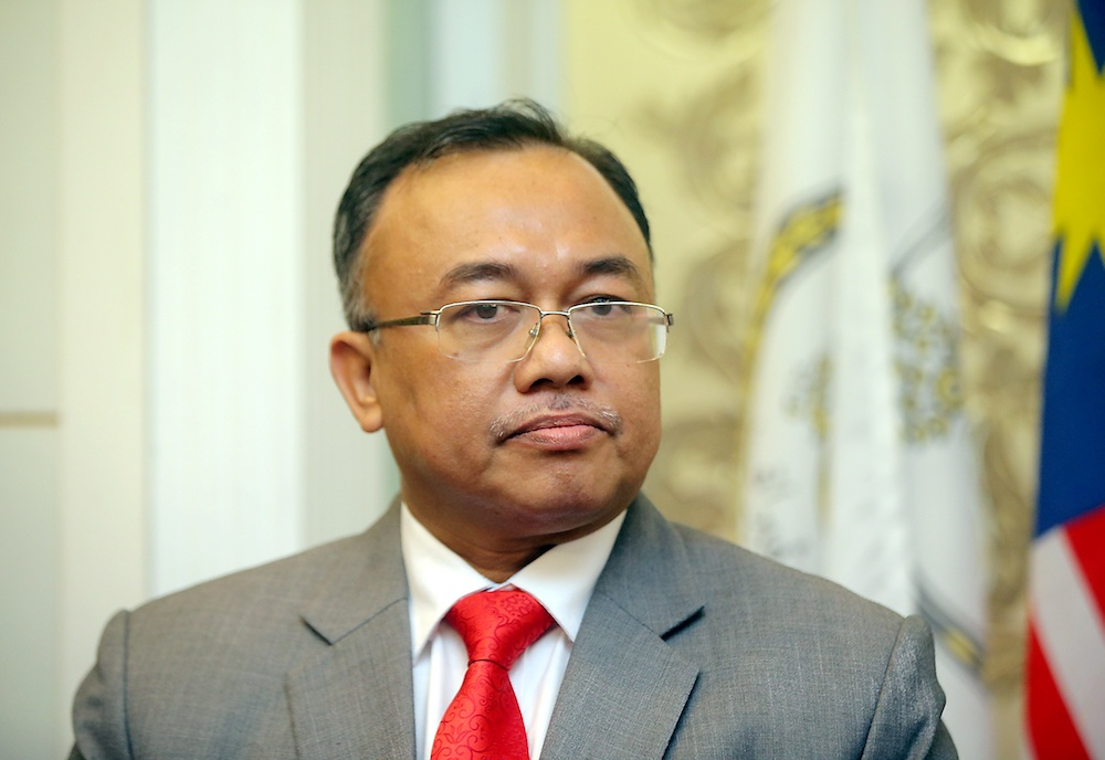 State Secretary Datuk Ahmad Suaidi Abdul Rahim said the letter, using the name of Deputy State Secretary (Management), was not issued by the State Secretariat. — Picture by Farhan Najib