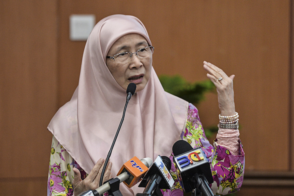 Deputy Prime Minister Datuk Seri Dr Wan Azizah Wan Ismail delivers her speech during Parents' Day celebrations in Serdang July 13, 2019. — Picture by Shafwan Zaidon