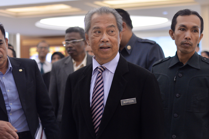 Home Minister Tan Sri Muhyiddin Yassin (pic) said Dr Zakir Naik will still be investigated for touching upon sensitive issues.. — Picture by Mukhriz Hazim