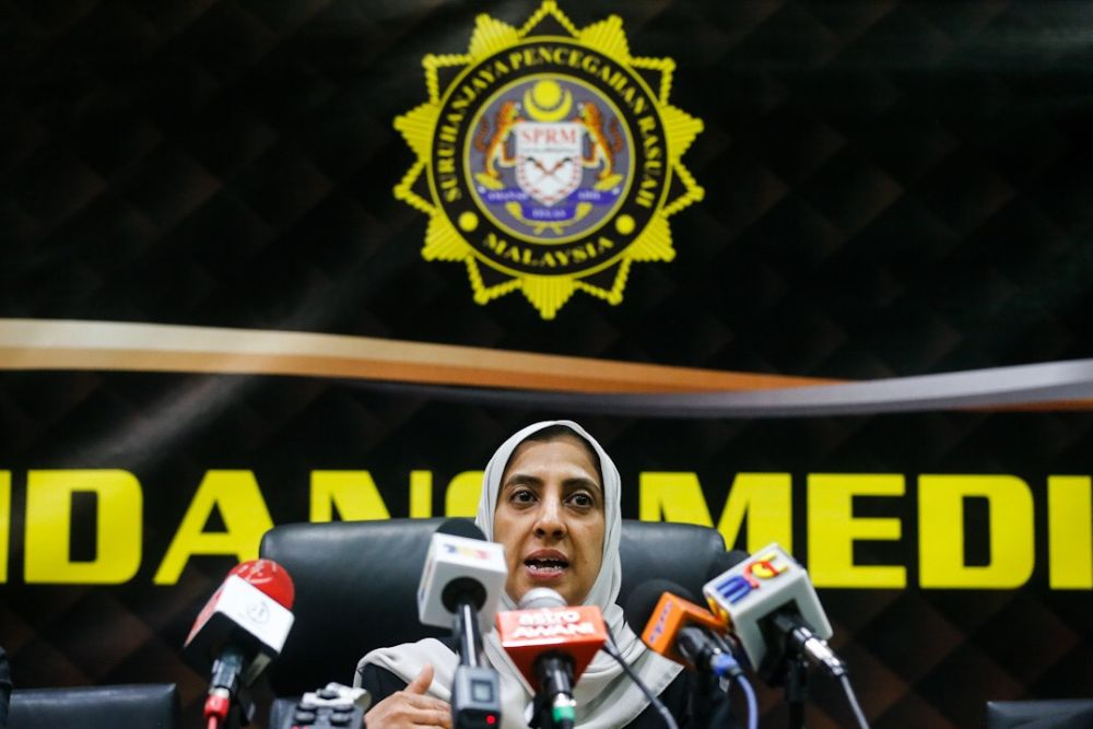 Malaysian Anti-Corruption Commission (MACC) chief commissioner Latheefa Koya speaks to the press during a working visit to MACC's Penang Branch in George Town July 23, 2019. — Picture by Sayuti Zainudin