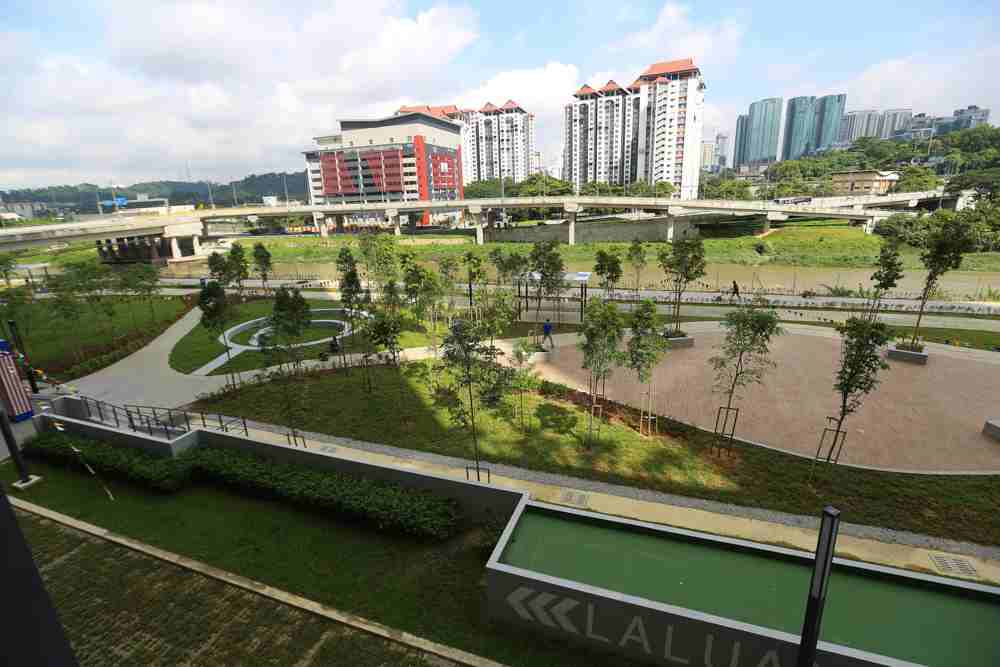 The commercial component of 9 Seputeh boasts three-acres of park facilities.