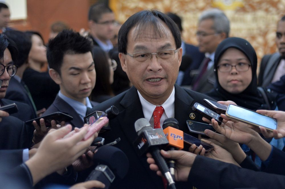 Works Minister Baru Bian says the new road to link Sarawak and Sabah will especially benefit those living in Limbang and Miri divisions. ― Picture by Mukhriz Hazim s