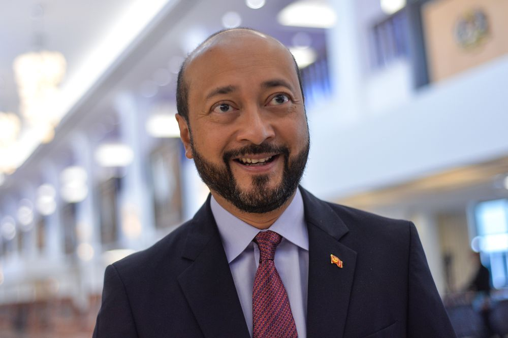 Kedah Mentri Besar Datuk Seri Mukhriz Mahathir today denied speculation that he will replace Maszlee Malik as Education Minister following the latter's resignation from the post last Friday. — Picture by Mukhriz Hazim