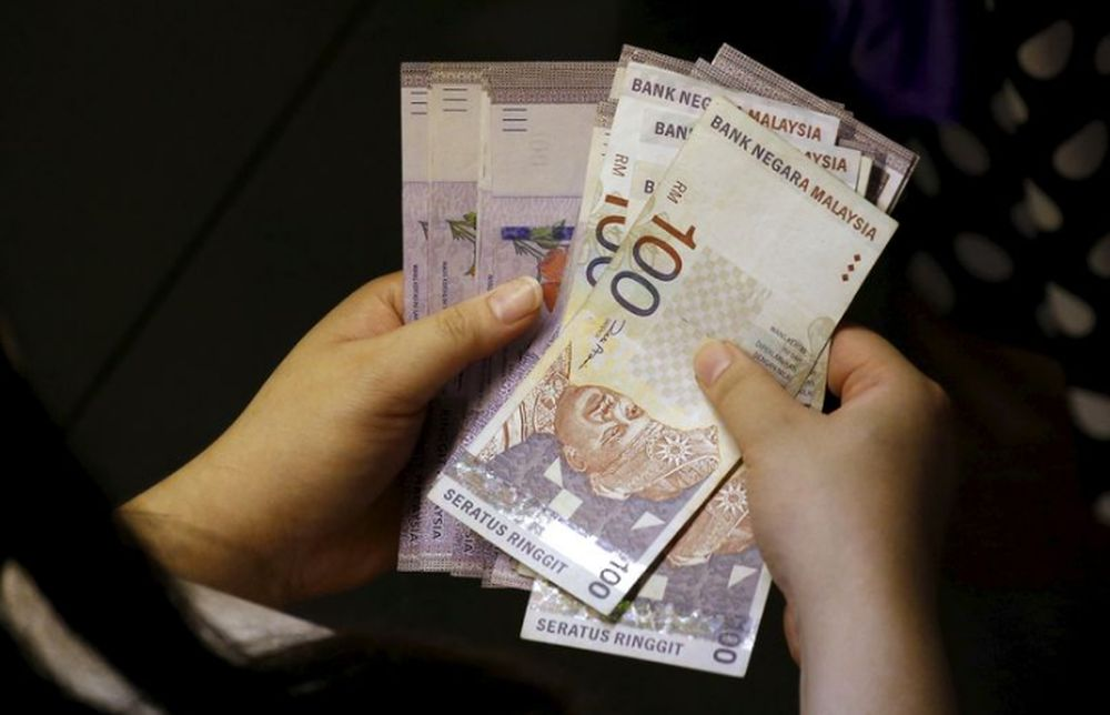 The ringgit rebounded against the US dollar amid positive reaction towards the RM35 billion stimulus plan. ― file pic