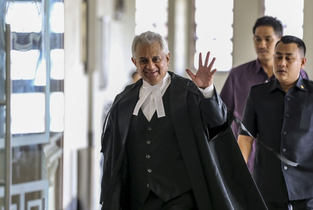 Attorney General Tommy Thomas is pictured at the Kuala Lumpur High Court Complex July 11, 2019. — Picture by Firdaus Latif