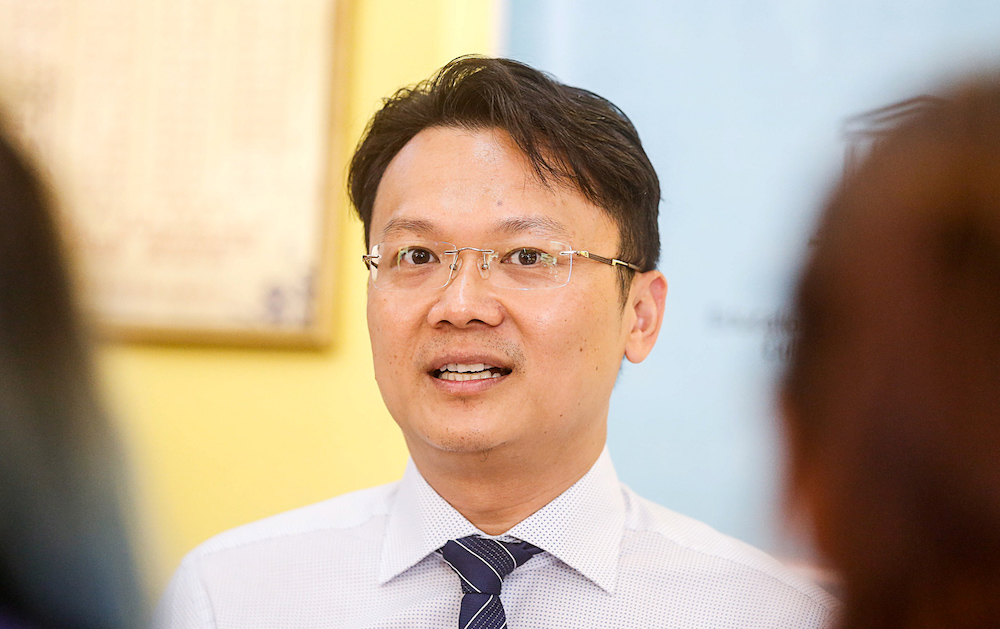 Penang exco for Tourism Development, Arts, Culture and Heritage Yeoh Soon Hin speaks to the press in Georgetown in this file picture taken on August 2, 2019. — Picture by Sayuti Zainudin