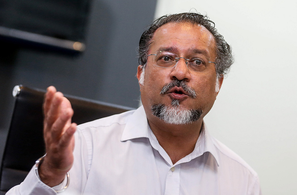 Jagdeep said that a total of 44 out of 133 housing maintenance projects in Penang were 'given commitment to consider an approval' for the funding from the Housing Maintenance Programme (PPP) and the Housing Maintenance Fund (TPPM) during a meeting at Putrajaya yesterday. — Picture by Sayuti Zainudin