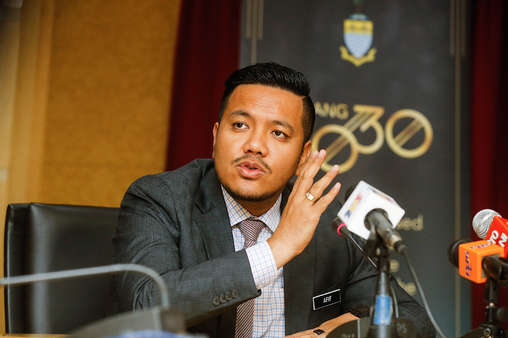 Dr Afif Bahardin tendered his resignation as the health, agriculture, agro-based industries and rural development committee chairman this morning. — Picture by Sayuti Zainudin