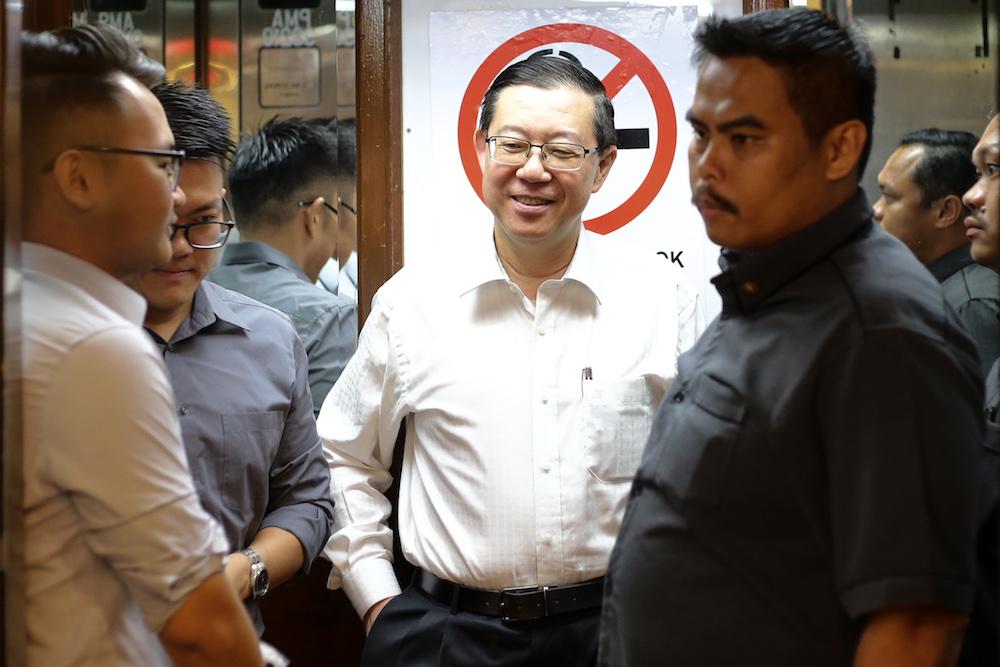 Lim Guan Eng arrives at DAP's headquarters in Kuala Lumpur August 5, 2019. — Picture by Ahmad Zamzahuri