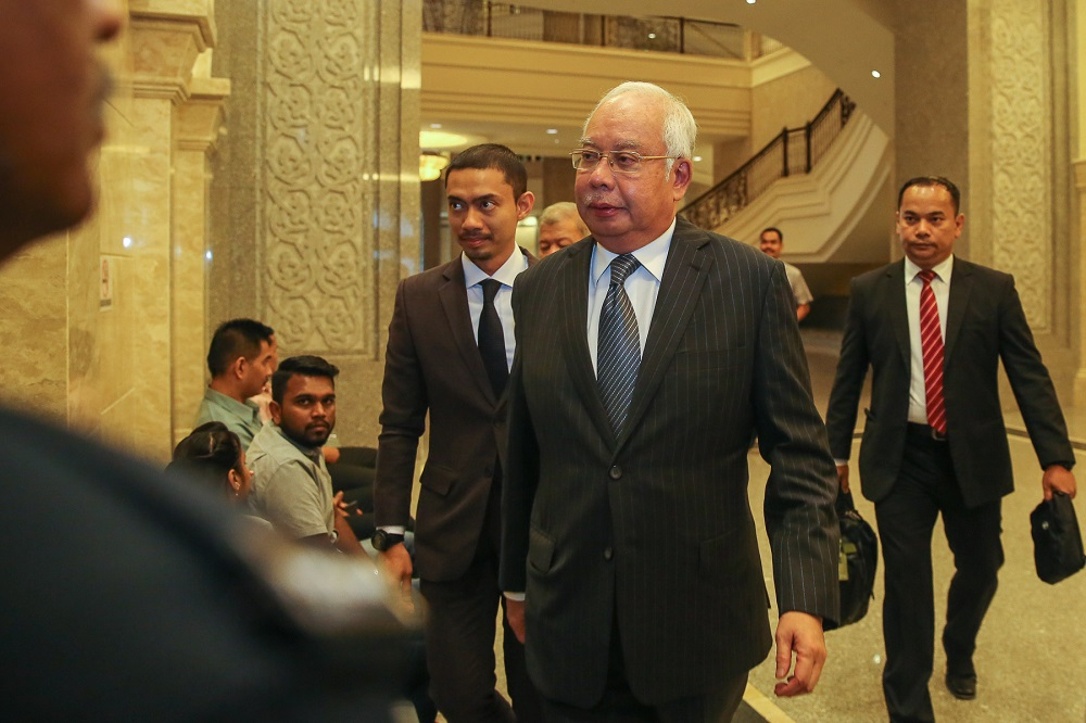 Former Prime Minister Datuk Seri Najib Razak arrives at Palace of Justice in Putrajaya August 5, 2019. — Pictures by Yusof Mat Isa