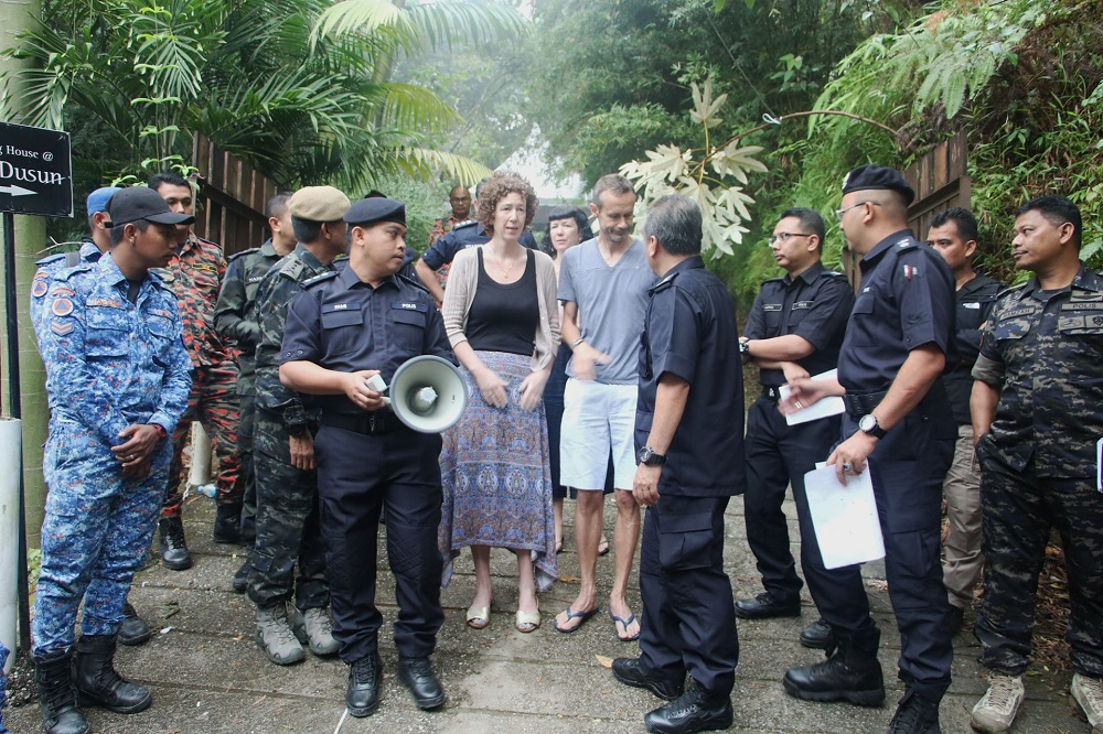 Nora Anne's parents, Sebastian Quoirin and Meabh Quoirin thanks the search and rescue team near The Dusun August 10, 2019. — Picture courtesy of Malaysian police source