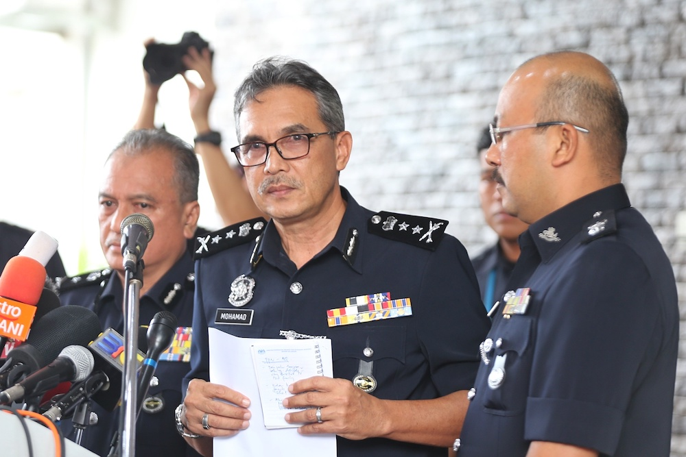 Negri Sembilan police chief Datuk Mohamad Mat Yusop briefs a press conference on Nora Anne Quoirin's autopsy results in Seremban August 15, 2019. — Picture by Ahmad Zamzahuri