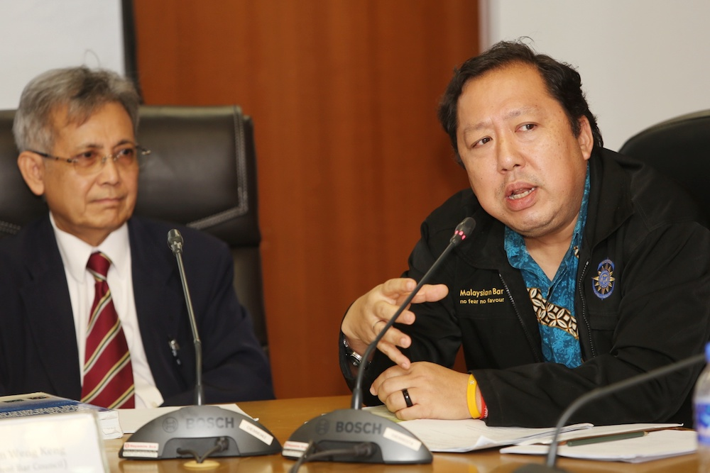 Co-chair of the Human Rights Committee of the Bar Council Malaysia Andrew Khoo speaks during a meeting on the Independent Police Complaints of Misconduct Commission Bill 2019 in Kuala Lumpur August 26, 2019. — Picture by Choo Choy May