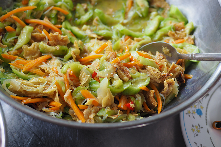 A Chinese home-style dish of hairy melon with glass noodles can be found here