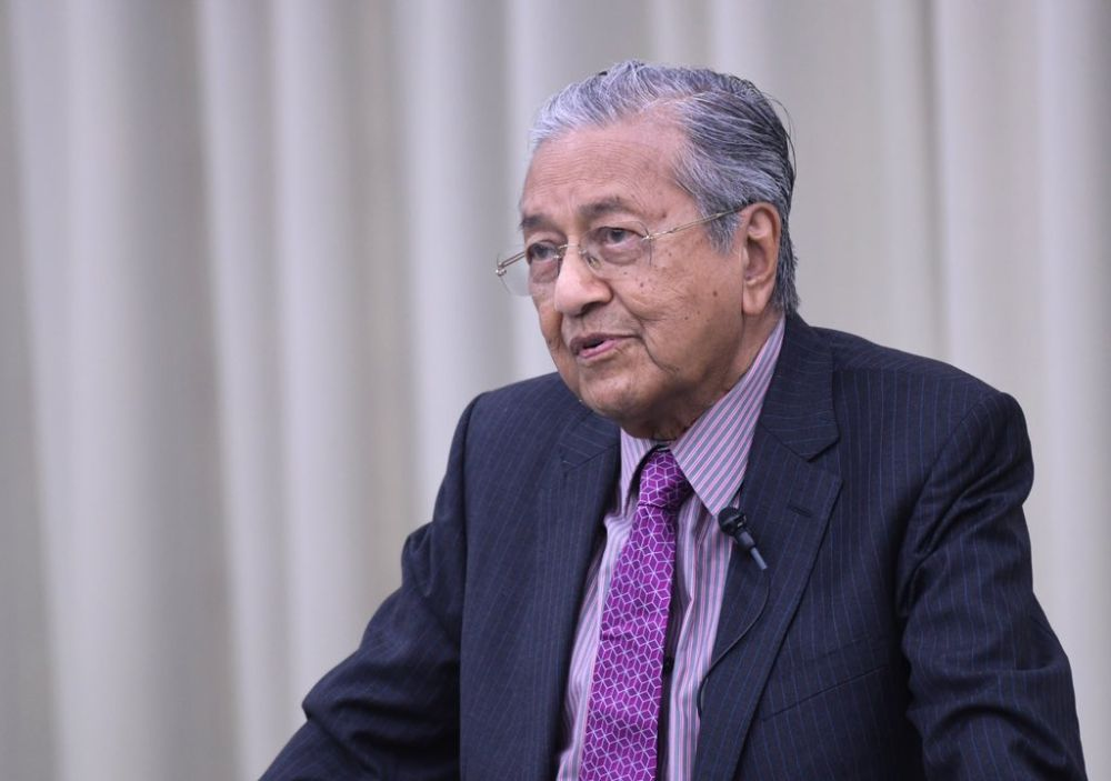 Prime Minister Tun Dr Mahathir Mohamad said today he did not direct the word 'pariah' at anybody when commenting on Lynas Corporation recently.  ― Picture via Twitter/chedetofficial