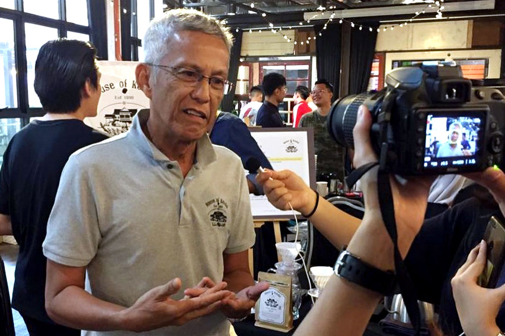 Esham Salam sharing about House of Kendal at the Indie Coffee Fest. — Picture courtesy of House of Kendal